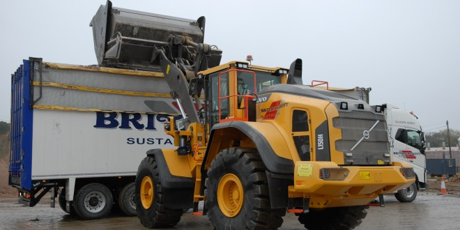 Increased production equals an increase in Volvo loading shovels at Britaniacrest Recycling