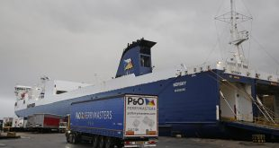 P&O FERRIES AND FORTH PORTS PLAN NEW GBP 150 MILLION RIVER BERTH