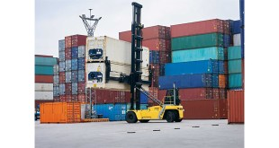 HYSTER EMPTY CONTAINER HANDLERS PROVIDE DOUBLE HANDLING IN PORT OF ANTWERP