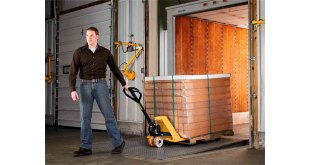 HSE clarifies hand pallet truck requirements