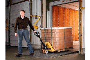 HSE clarifies hand pallet truck requirements