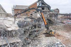 Goody Demolition in the process of dismantling the former Colonial Mutual Life SMT GB headquarters