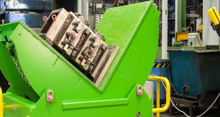 Safe Handling & Rotation of Heavy Plant & Injection Moulding Tools 10-64 Tonnes