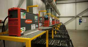 Hartog & Bikker increases availability of forklift trucks using fronius charging