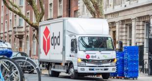 DPD driver relishes his zero emission FUSO eCanter sounds of silence
