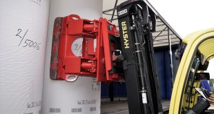 HYSTER INTRODUCES DAMAGE AVOIDANCE SOLUTIONS FOR HANDLING PAPER REEL HANDLING