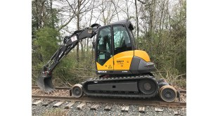 Pettibone Partners with Mecalac on 8MCR Rail-Road Excavator