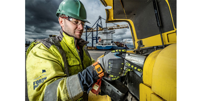 Forth Ports rolls out Reactec HAVwear system across all ports