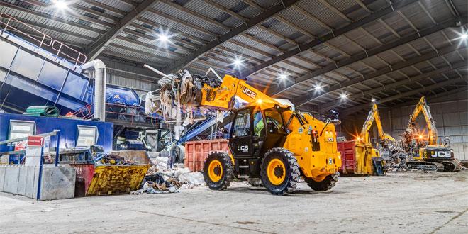 JCB excavators join family firms fleet