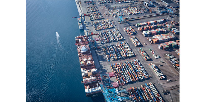 The container terminal at the Port of Gothenburg to be fossil-free by 2020