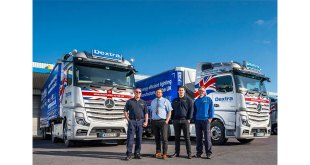 Dextra Group plc shines a light on Active Drive Assist from Mercedes-Benz Trucks