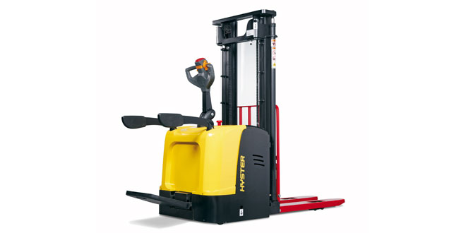 New Hyster® Platform Stacker added to general purpose truck series