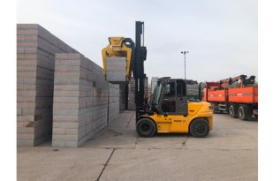 New Hyundai Fork Truck distributor secures new deal with leading masonry manufacturer