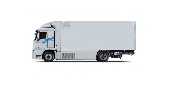 WORLD FIRST FUEL CELL HEAVY-DUTY TRUCK HYUNDAI XCIENT FUEL CELL HEADS TO EUROPE FOR COMMERCIAL USE