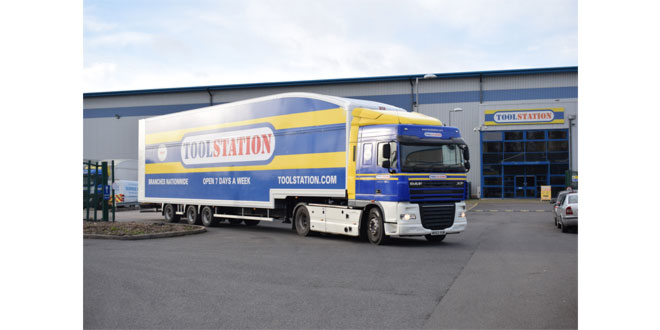 Howard Tenens Logistics & Toolstation win Partnership of the Year