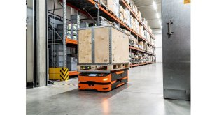 SAFELOG implements customised AGV solutions