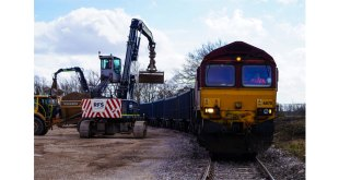 HS2 helps UK rail freight bounce back as 100th train rolls into Bucks construction site