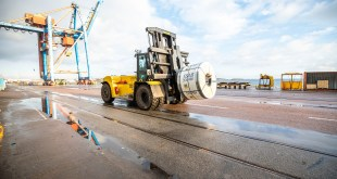 Strong Hyster trucks for metal coil handling at Oxelösunds Hamn in Sweden