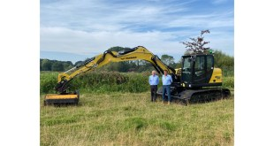 GDR Sales takes delivery of UK's first Yanmar SV120