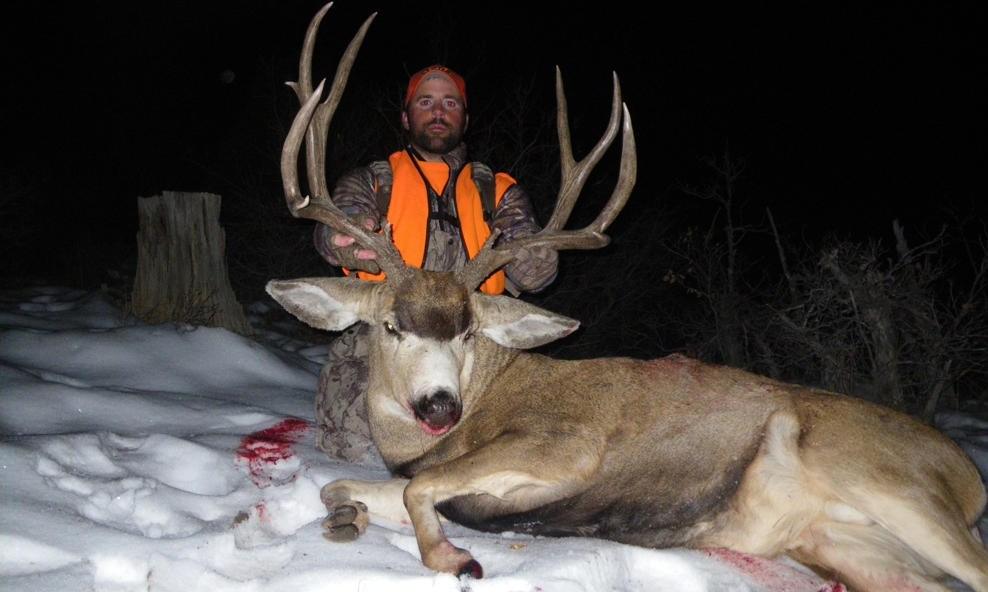 Wolf Creek Outfitters hunter travis on first mule deer hunt