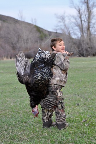 turkey-hunt-youth-colorado-cpw-f8195b6a-2919-44f4-a4a2-6411d857a3ad
