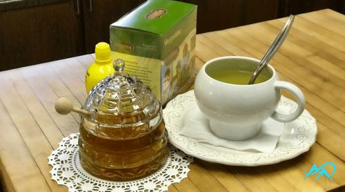 bee-hive-honey-pot-lemon-tea-mia-anstine-mac-outdoors