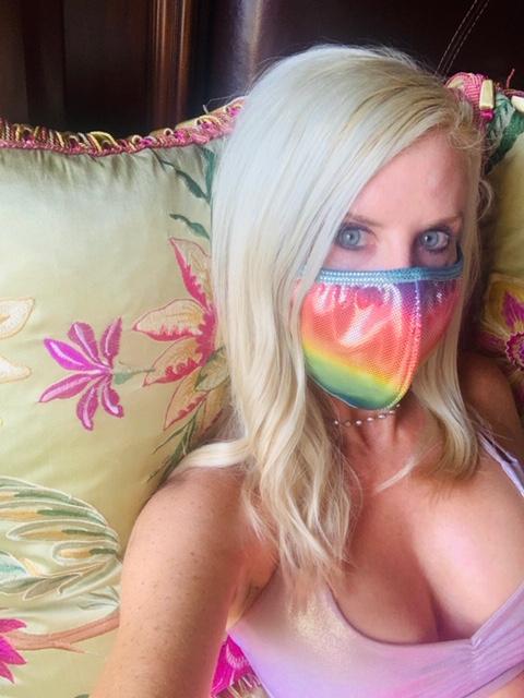 Mia Brazilia Festival Mask