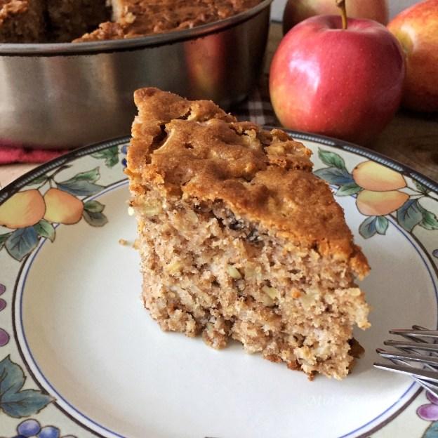 Apple cake (Κέικ μήλου ή μηλόπιτα)