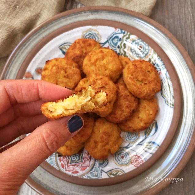 Baked squash fritters without cheese (Κολοκυθοκεφτέδες χωρίς τυρί)