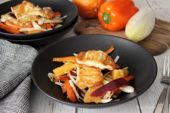 Citrus salad with fried halloumi
