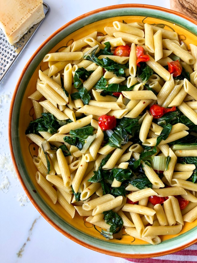 Pasta with Swiss chard and tomatoes