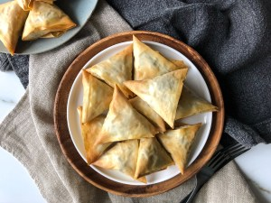 Mini meat pies with filo