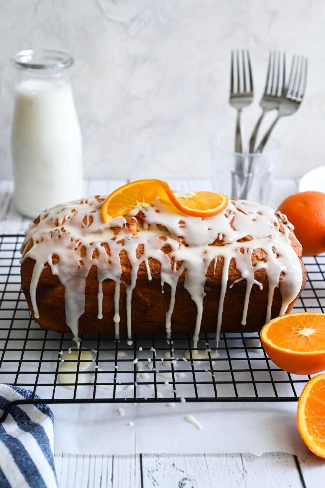 Greek yogourt cake with orange