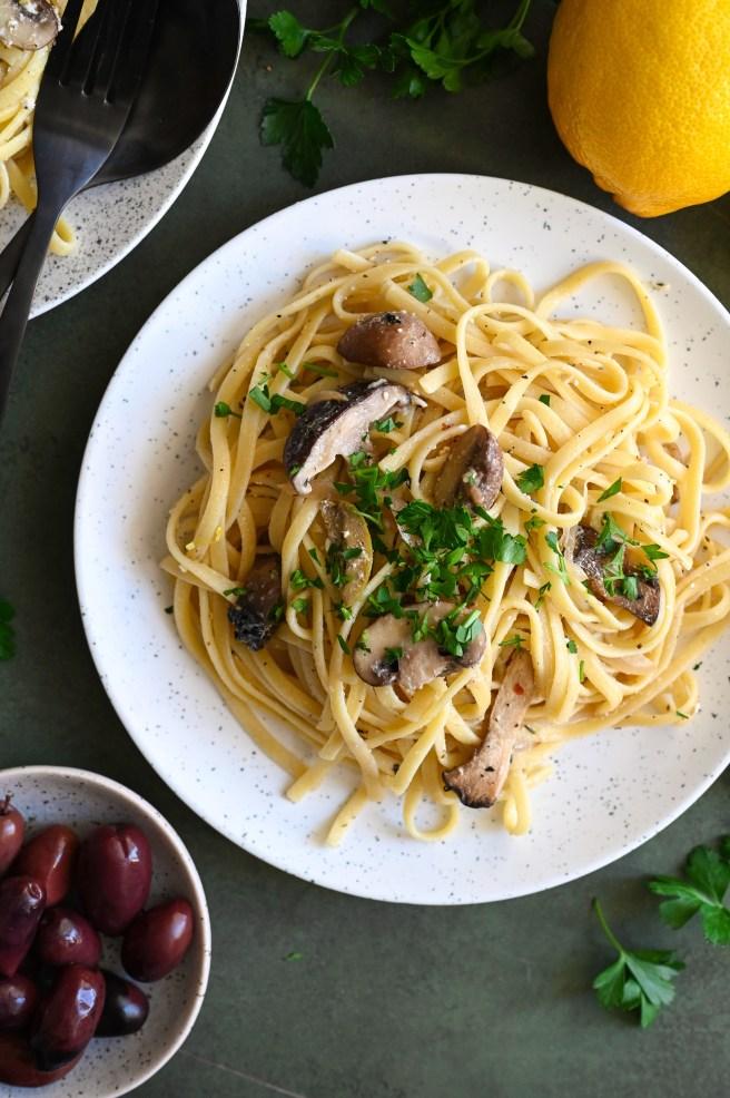 Baked Greek feta and mushroom pasta