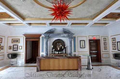 St. Tropez Versace Room