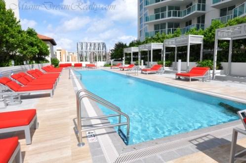 St. Tropez Pool Deck