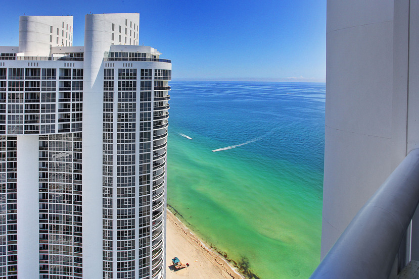 Just Listed Trump Palace Tower Suite 5508 Sunny Isles
