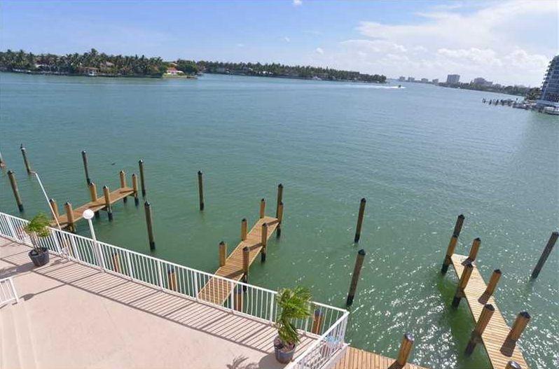 Indian Creek Club Marina 3F Miami Beach