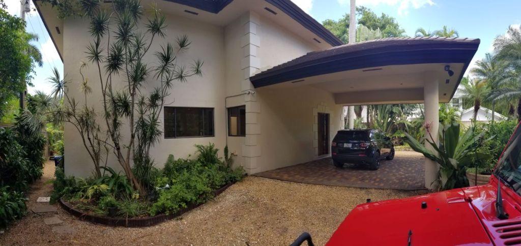 3900 S Douglas Road Coconut Grove