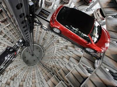 Car elevator or Star Wars scene?