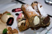 Red's Cannolis