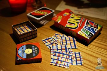 Pizza & Burger - Uno and Trivia