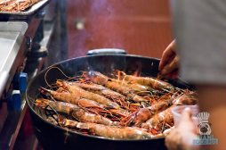 Pinch - BBQ and Beer Dinner - Grilling Prawns 3