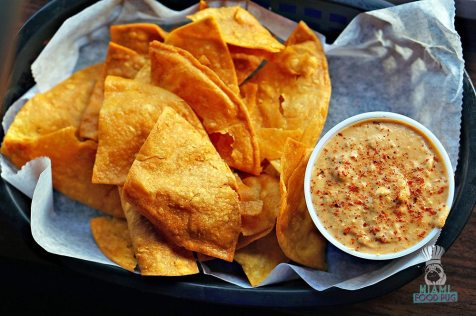 Beach Taco - Chips and Queso