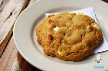 Ariete - Lunch - White Chocolate Chip and Pistachio Cookie