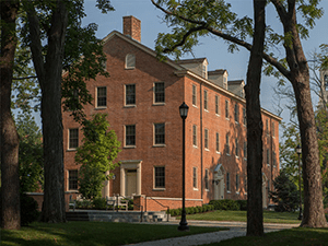Picture of the outside of Elliot Hall