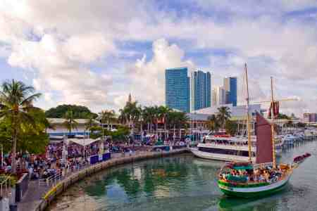 Shopping in Downtown Miami