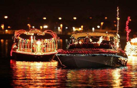 north-beach-holiday-boat-parade