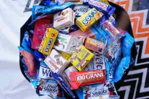 Halloween candy buy back: Kids get money for candy