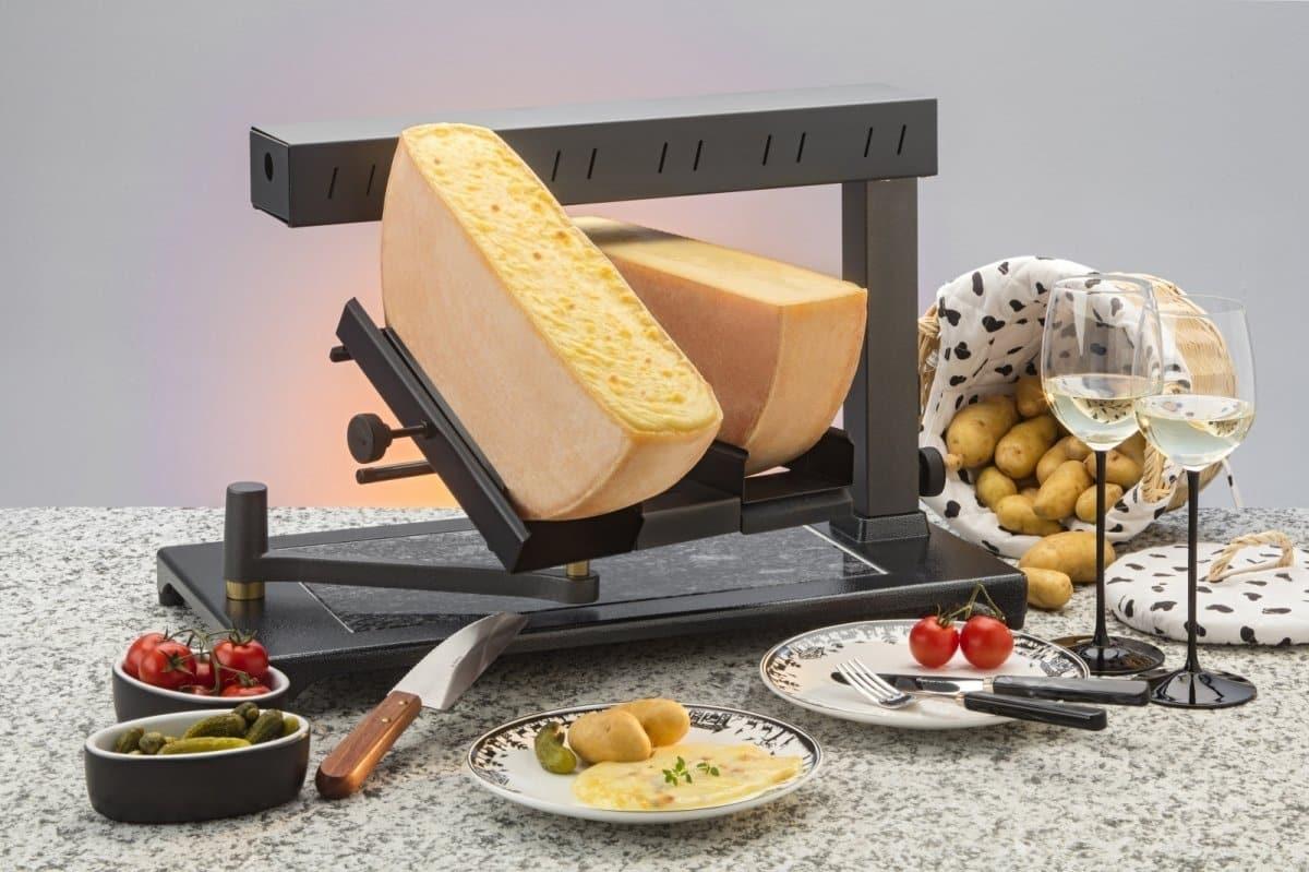 Máquina de Derreter Queijo Raclette Comercial Uma ou Duas rodas de 1_2 Queijo5